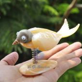 Chú chim làm từ trai vàng & vỏ ốc QLN_06