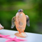 Chim cánh cụt làm từ trai vàng & vỏ ốc QLN_11