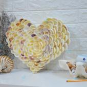 Tranh trái tim đính hoa vỏ sò ốc biển TO33