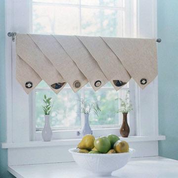 Rèm cửa nên có màu trung tính sẽ phù hợp với màu của vỏ sò hơn.