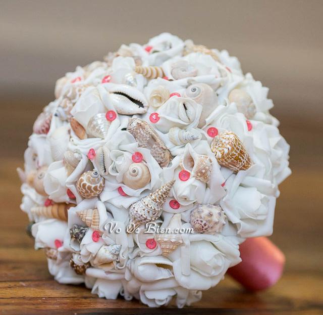 Hoa cưới cầm tay vỏ sò ốc Coral Large HC04