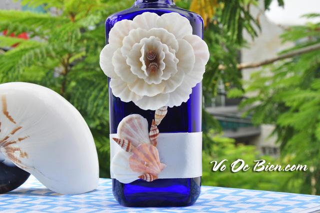 Lọ thủy tinh xanh dương đính vỏ ốc LOTK_04