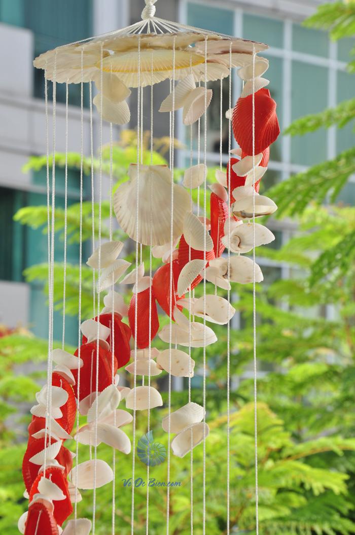 Chuông gió vỏ sò ốc lớn - phun màu CG17 - hình chụp tại voocbien.com