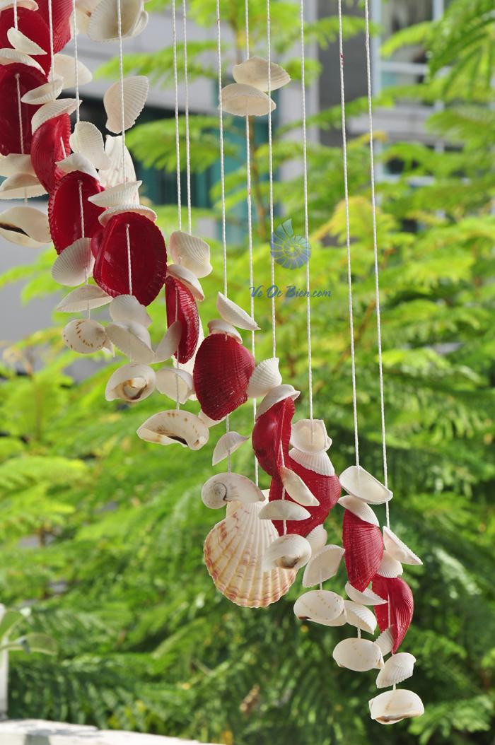 Chuông gió vỏ sò ốc lớn - phun màu CG18 - hình chụp tại voocbien.com