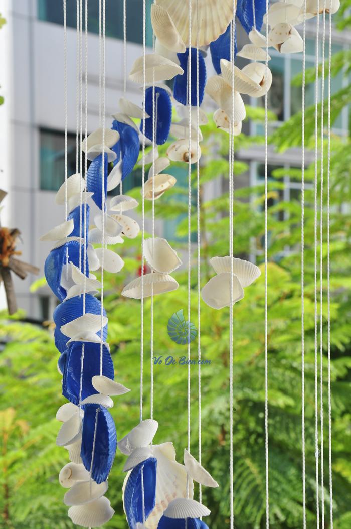 Chuông gió vỏ sò ốc lớn - phun màu CG19 - hình chụp tại voocbien.com