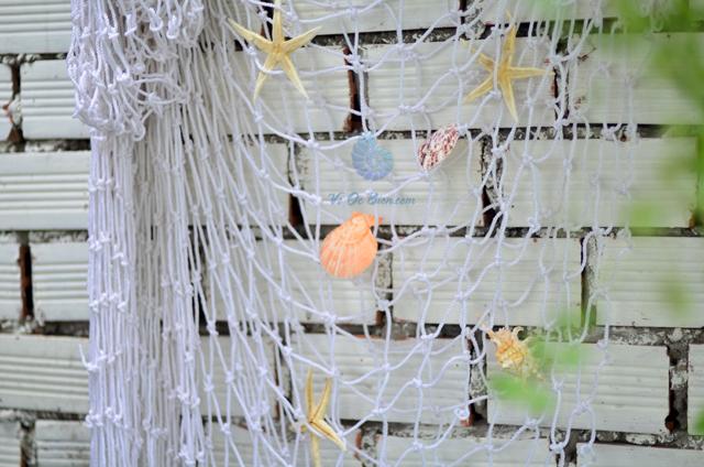 Lưới đánh cá trắng trang trí (mắt lưới 10cm x 5cm) - © bản quyền hình chụp tại VoOcBien