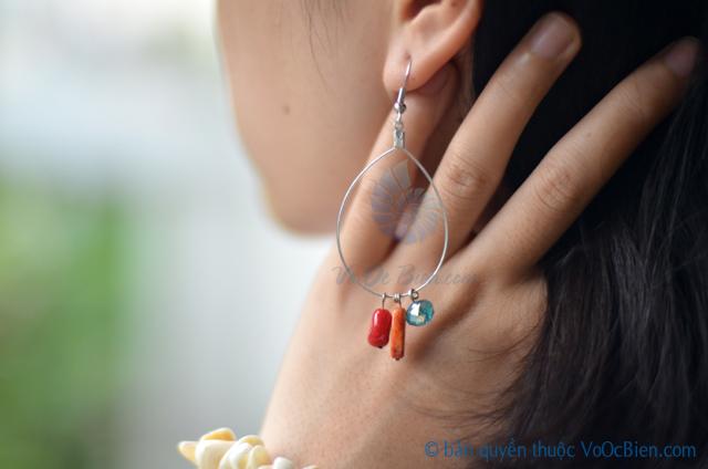 Bông tai san hô đỏ BTVO_13 - © bản quyền hình ảnh thuộc VoOcBien.com