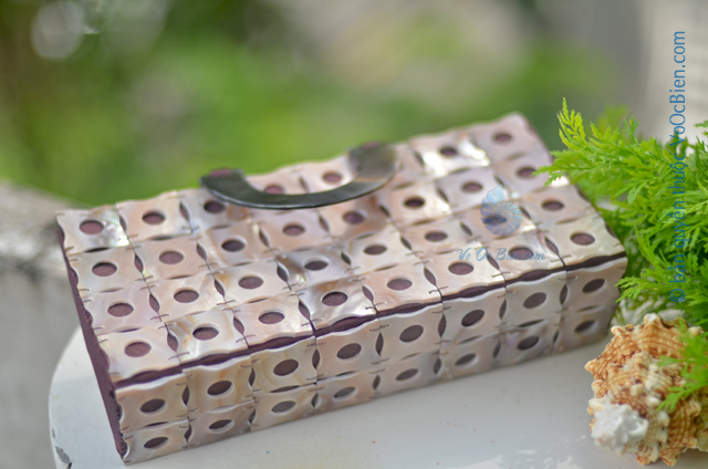Túi xách đính vỏ trai mài xà cừ GX_10 (Nâu) - © bản quyền hình ảnh thuộc VoOcBien.com