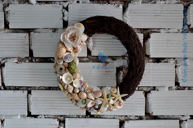 Vòng nguyệt quế vỏ sò ốc VNQ_07 - © bản quyền hình ảnh thuộc VoOcBien.com