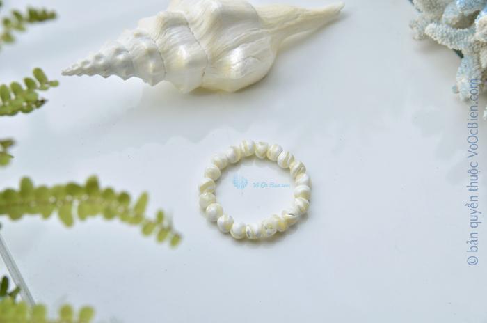 Lắc tay vỏ sò đụn trắng LDT_36