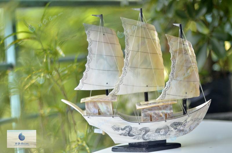 Thuyền rồng vỏ trai biển lớn TB31